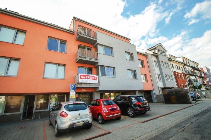 жилье в словакии